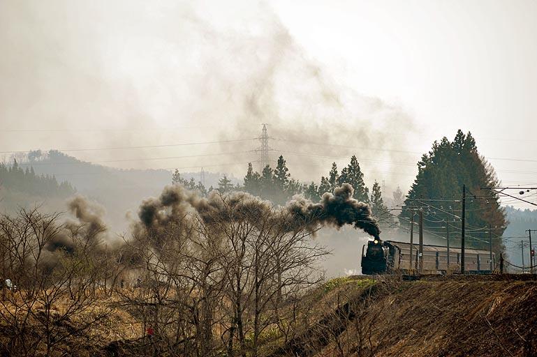 D51498 ぶっとび築堤 磐梯町-更科