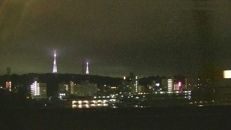 ライトアップ鉄塔 東北新幹線 仙台発車