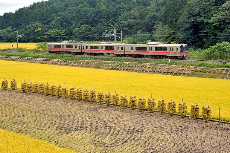 701系 641M 鶴ヶ坂-津軽新城